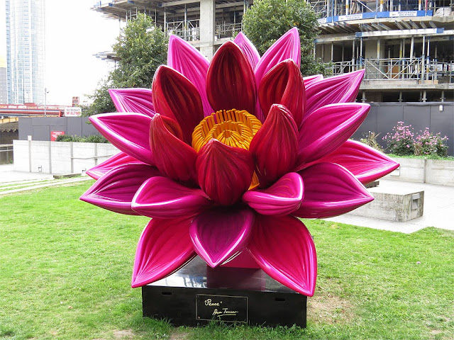 Peace by Ana Tzarev, Riverside Park Gardens, Millbank, London