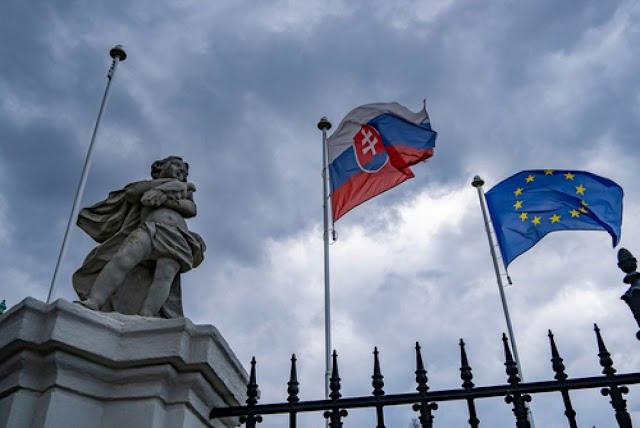 Felvidéki lap: megszüntették a kisebbségi kultúrák részlegét a szlovák kulturális minisztériumban