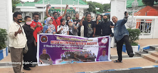 Media Nusantara Didampingi F-Wamipro Bagikan Paket Sembako Sekaligus Buber