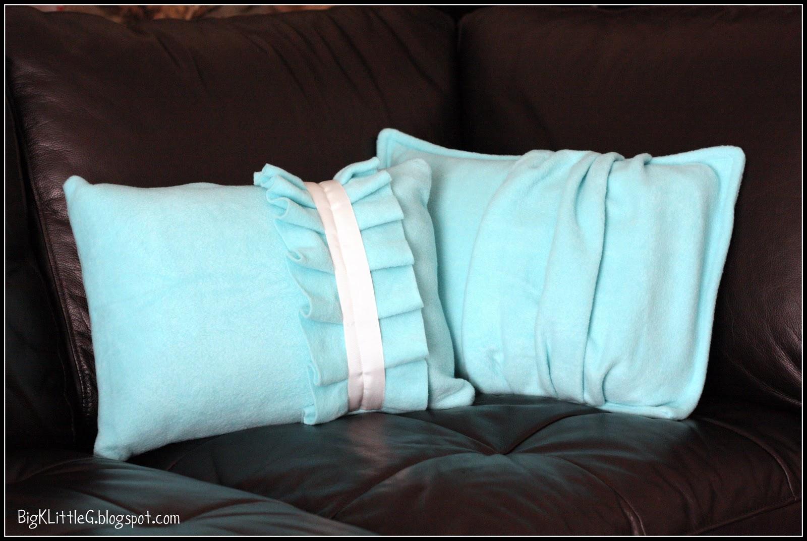 Big K Little G: DIY Fleece Throw Pillows