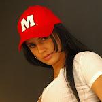 Andrea Rincon, Selena Spice Galeria 16: Linda Gorra Roja, Camiseta Blanca, Mini Tanga Roja Tipo Hilo Dental Foto 56