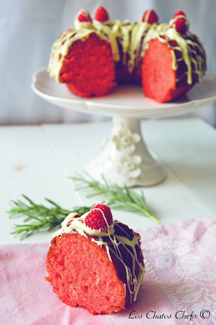 raspberry, rosemary and white chocolate bundt cake