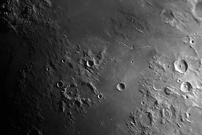 Lluna. Zona cràter Pallas i Agrippa