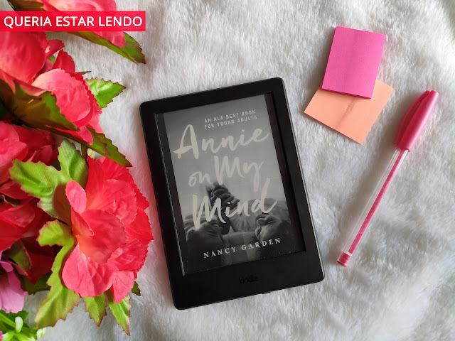 Resenha: Annie on my mind
