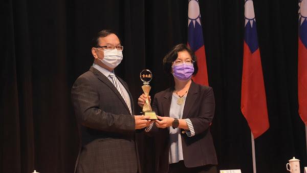 彰化縣政府團隊服務與創意屢獲肯定 王惠美:好還要更好