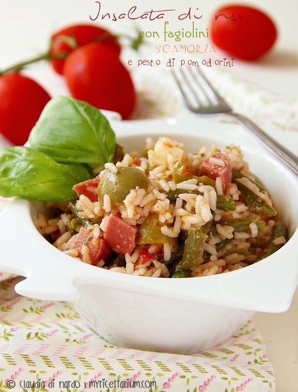 Insalata di riso con fagiolini, scamorza e pesto di pomodorini