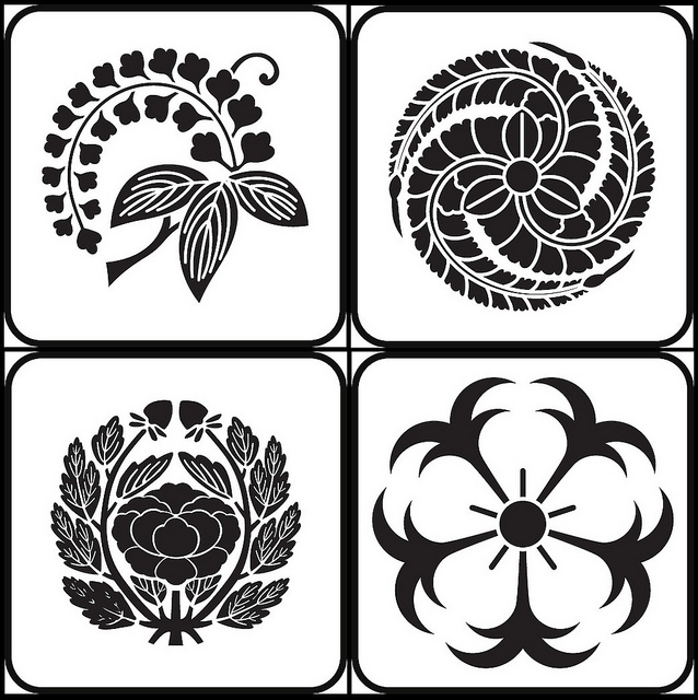 Analyzing Art and Graphic Design History Japanese Family Crests - family mon