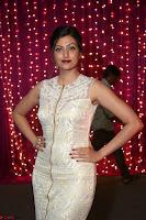 Hamsa Nandini in stunning Sleeveless Designer Gown at Zee Telugu Apsara Awards 2017 05.JPG