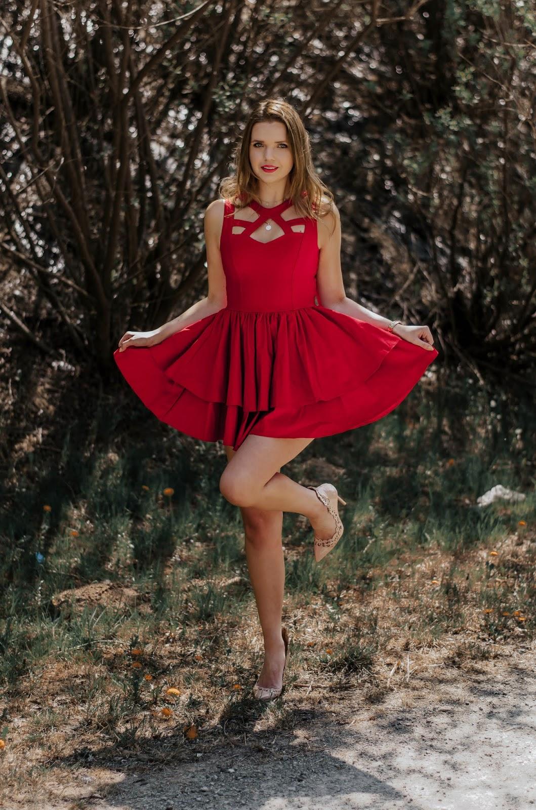 Czerwona sukienka Talya | Moda | zBLOGowani