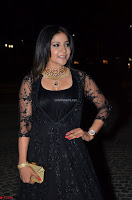Sakshi Agarwal looks stunning in all black gown at 64th Jio Filmfare Awards South ~  Exclusive 113.JPG