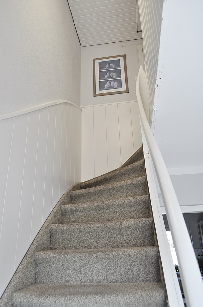 Blick-auf-den-Treppenaufgang