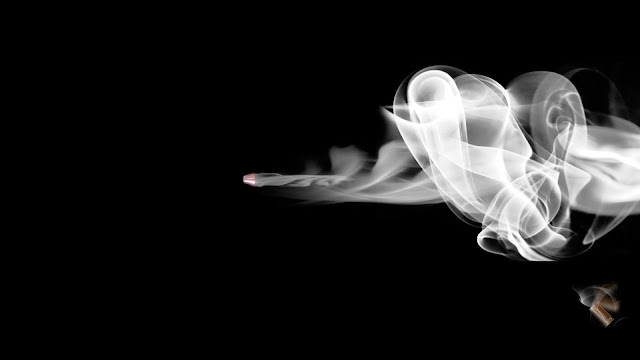 Smoking-ultra-HD-Wallpaper-for-Mobile-Phone-and-iphone