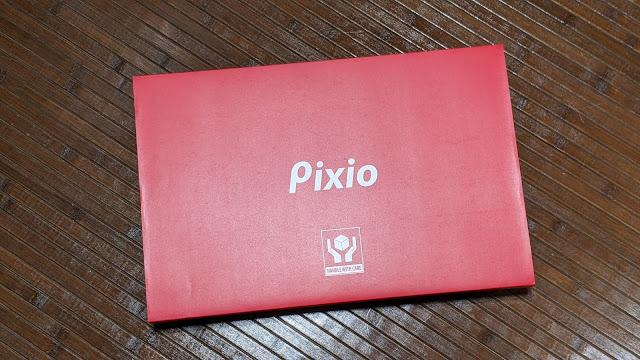 pixioモバイルモニター箱写真