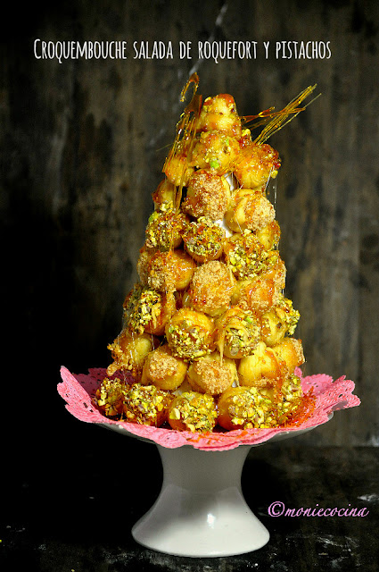 Croquembouche salada de roquefort y pistachos - Monie cocina