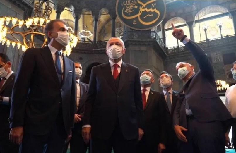 O Eρντογάν στήνει  σκηνικό ανατροπής της Συνθήκης της Λωζάνης