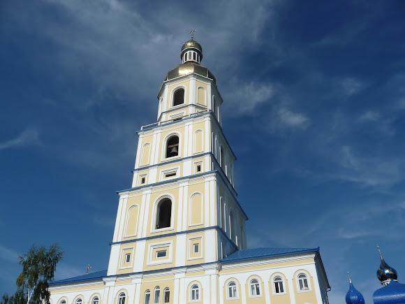 Банчены. Свято-Вознесенский монастырь. Колокольня