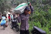 Satbrimobda Banten Kompi 2 Batalyon B Pelopor, Bantu Korban Banjir di Lebak