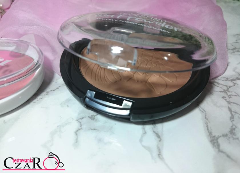 Kosmetyki Bell- róż, rozświetlacz i puder brązujący