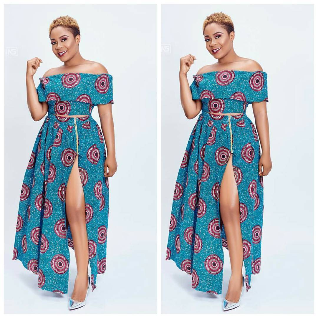 Check Out These Lovely Maxi Dresses: Best African Slit Print Design