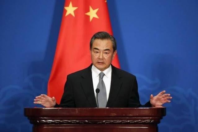"""وانغ يي ، عضو مجلس الدولة ووزير الخارجية الصيني: """"يجب أن نجري تعاونًا مفيدًا للجميع لبناء مجتمع تنموي صيني-أفريقي"""""""