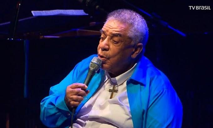 Morre o cantor Agnaldo Timóteo vítima da Covid-19 aos 84 anos