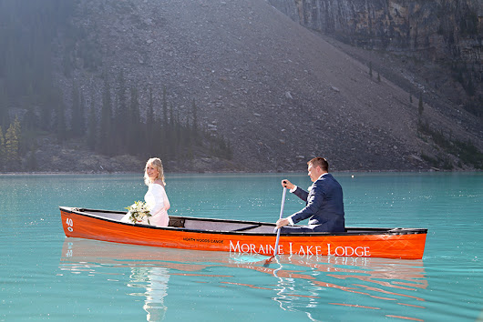 Elope in Banff: Elope in Banff & Moraine Lake, Destination Elopement Wedding Planner