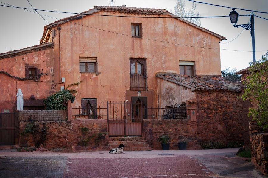 Ruta de los pueblos rojos de Segovia. Villacorta