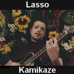 Letra y acordes de guitarra y piano