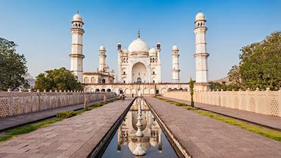 Bibi Ka Maqbara (Tomb of the Lady) Aurangabad - Copy of Taj Mahal Agra