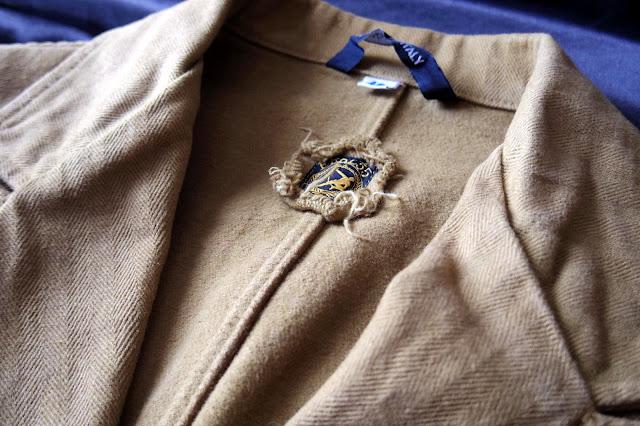 ERAL55のテーラードジャケット