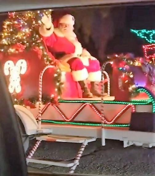 community PV holiday light display