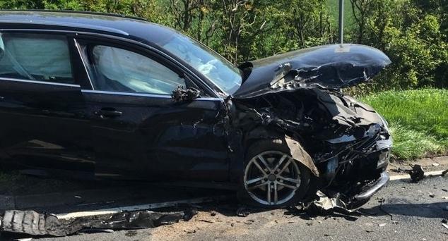 #Beograd #Auto #Oštećen #Parking #Srbi #Srpkinja #Kosovo #Metohija #Kosovska_Mitrovica #Kmnovine