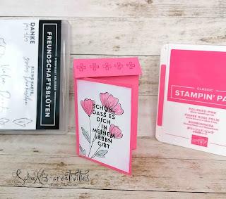 Farben: Bonbonrosa, Grundweiß Stempel: Freundschaftsblüten Werkzeug: Papierschneider Stanzformen: Etiketten mit Stil