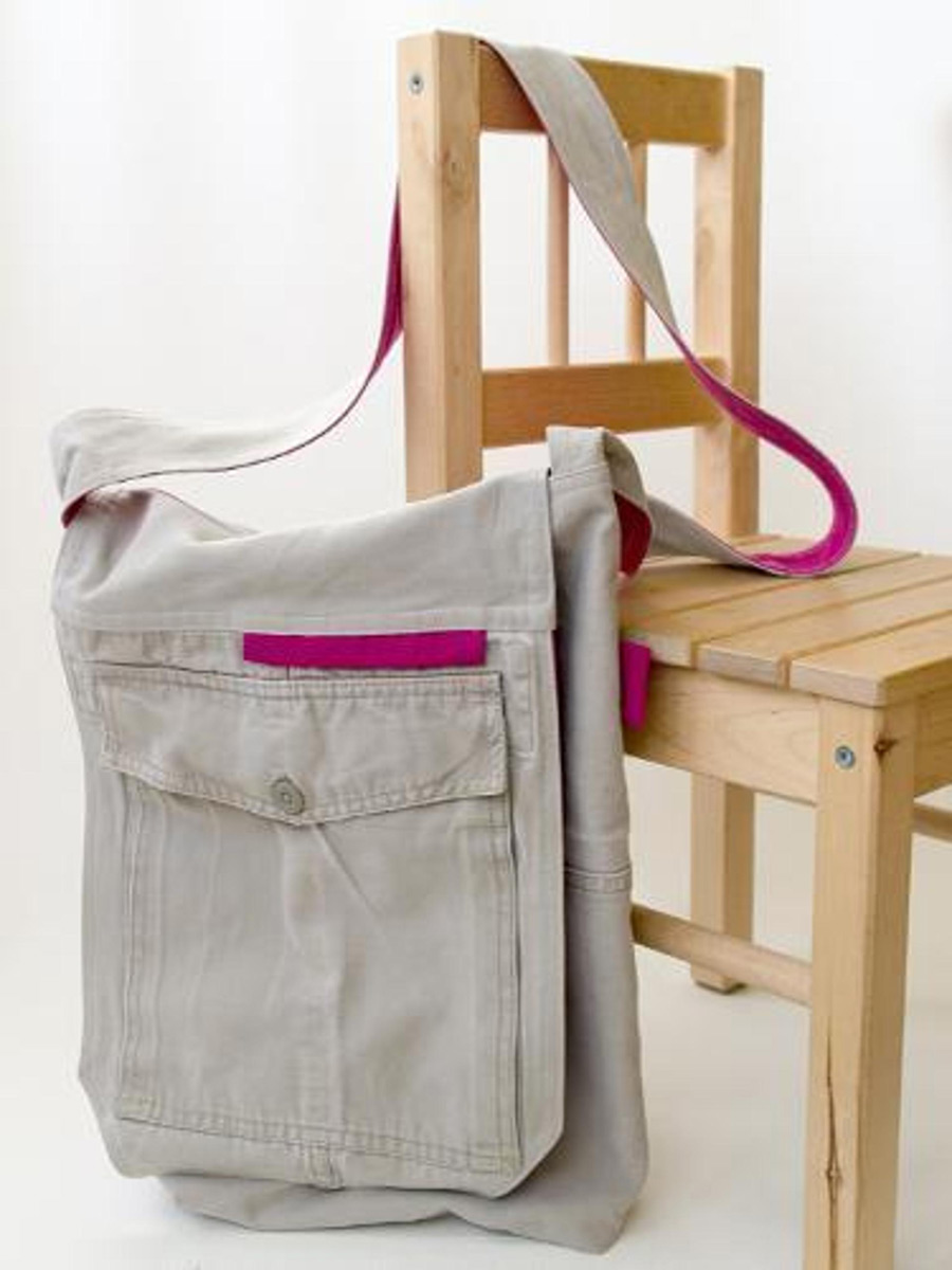 Recycle Cargo Pants to a Bag. Tutorial