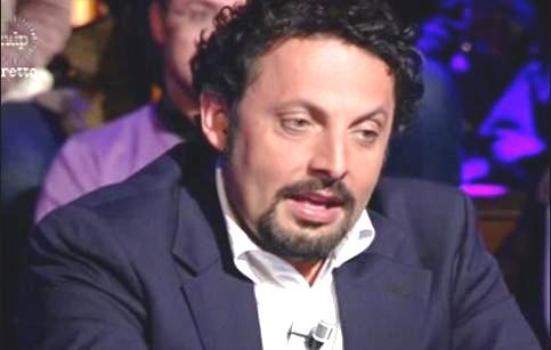 Scaglie Poetiche La Comicità Di Enrico Brignano E Il