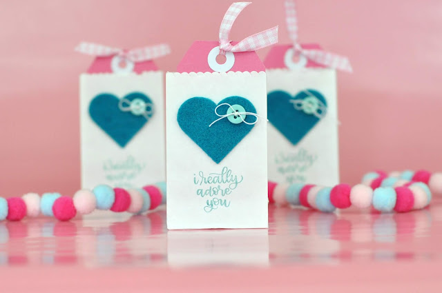 Classroom Valentines #1: Mini Valentine Gift Bags