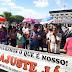Professores de Ouricuri fazem protesto em frente à prefeitura reivindicando reajuste salarial