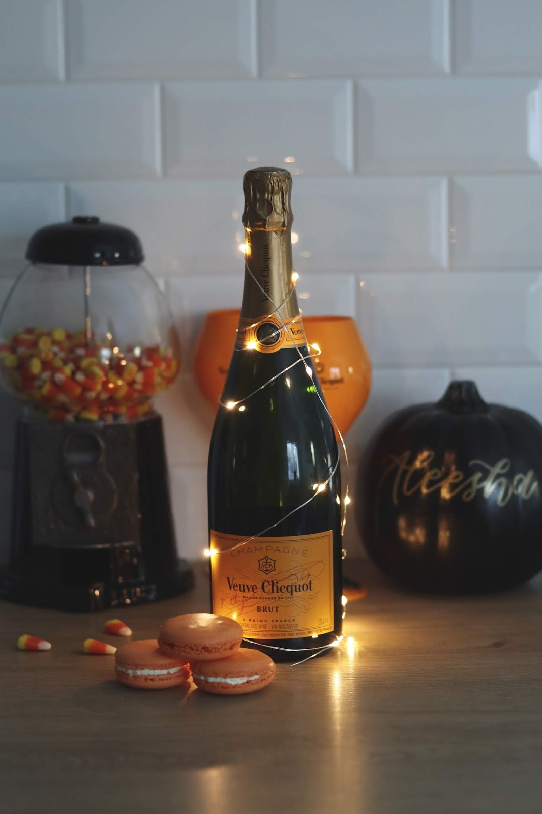 veuve clicquot yelloween blogger