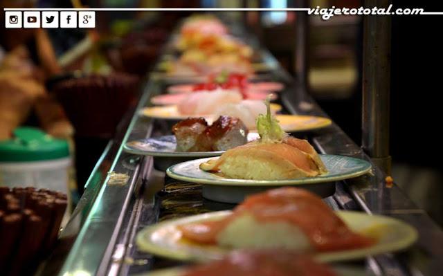 Kaitenzushi - Sushi go round - Japón