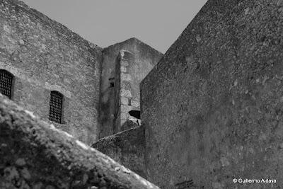 In Santiago de Cuba (Cuba), by Guillermo Aldaya / AldayaPhoto