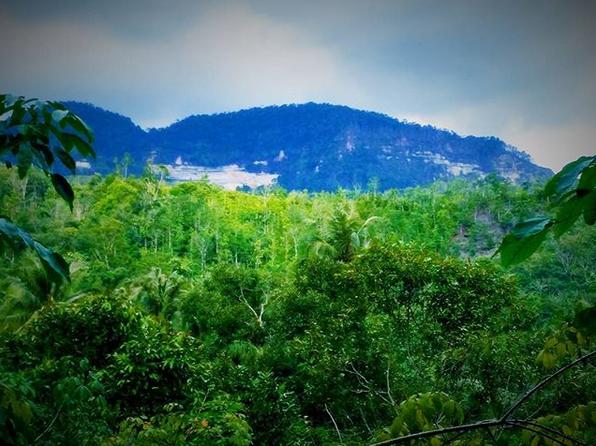 Jalan-Jalan Ke Tugu Raja Bandak Nasakti, Raja Yang Disegani Dan Ditakuti Di Teluk Sibolga Tapanuli Tengah