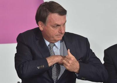 Bolsonaro chama para protestos do dia 15