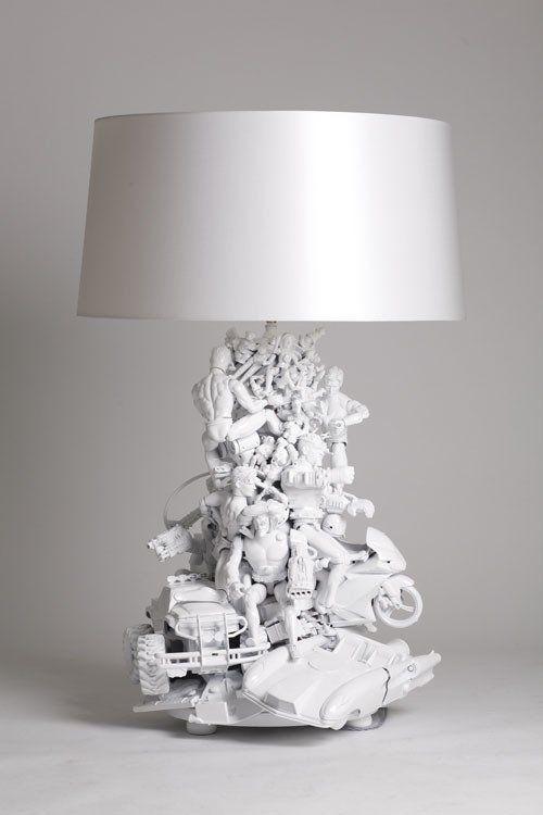 lampy dekorowane zabawkami