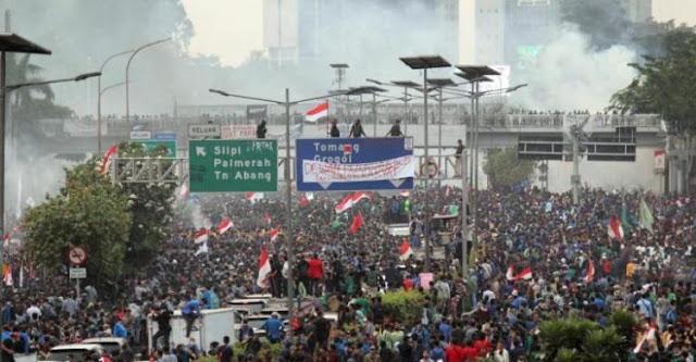 Dilarang Demo Jelang Pelantikan Jokowi, Mahasiswa Siap Geruduk Istana Besok