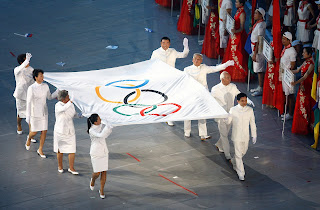 Σημαιοφόροι στην τελετή έναρξης του Πεκίνο το 2008