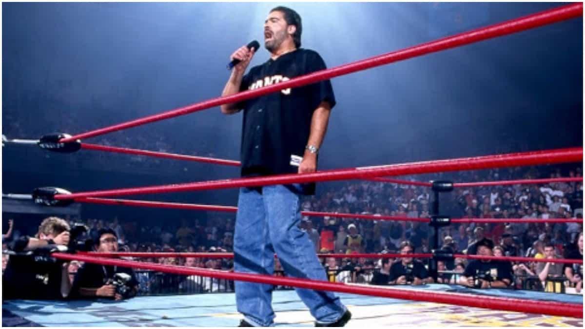 Vince Russo revela que Vince McMahon queria controlar sua vida