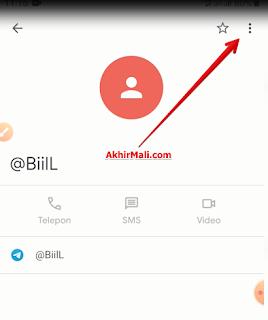 Muncul informasi tentang kontak terkait. Lalu klik titik tiga pojok kanan atas