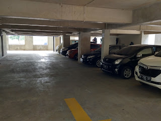 tempat parkir Nite & Day Residence Alam Sutera