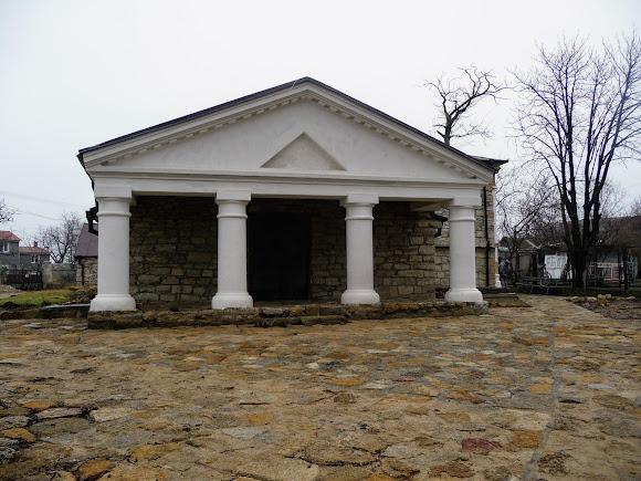 Белгород-Днестровский. Церковь Успения Пресвятой Богородицы (Армянская) 14 – 15 век
