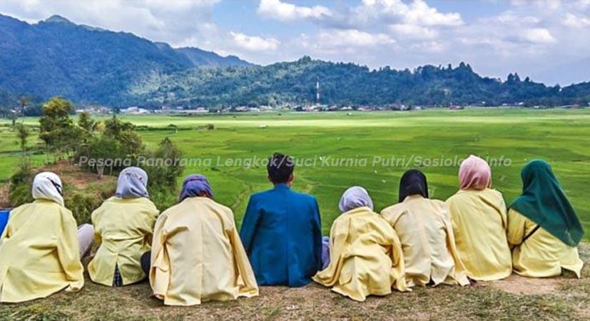 Keempat, Tempat Wisata yang Rekomended 2021 di Sumatera Barat yaitu Pesona Panorama Lengkok.